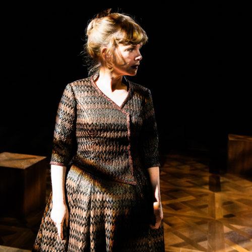 Gertrud av Hjalmar Söderberg Dramaten 2014 Regi: John Caird Scenograf: Jan Lundberg Kostym: Ann-Margret Fyregård Motiv: Anna Björk